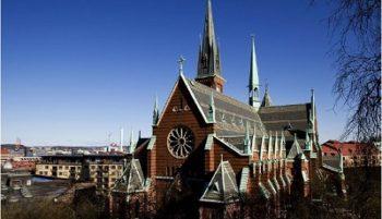 Oscar Fredrik kyrka400